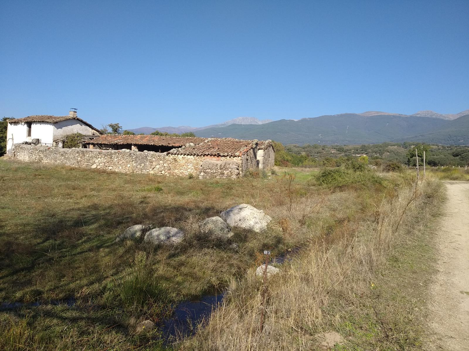 Ruta en bicicleta eléctrica en Gredos - Candeleda – Observatorio de AvesRuta en bicicleta eléctrica en Gredos - Candeleda – Observatorio de Aves